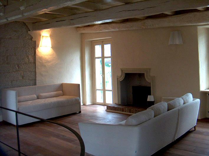 Casa ristrutturata ozzano monferrato rif 170 for Case ristrutturate moderne