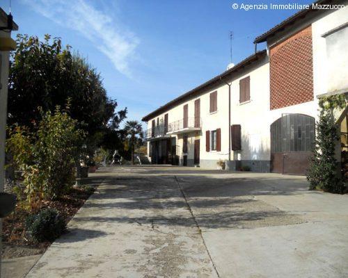 rustico ristrutturato a Grazzano Badoglio