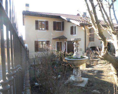 casa ristrutturata a Mombello Monferrato