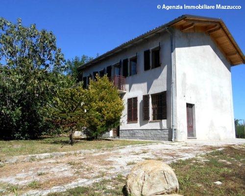 Casa indipendente a Cerrina Monferrato