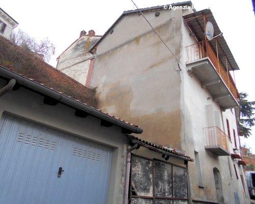 Casa ad Ozzano Monferrato