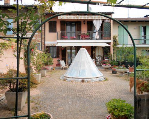 Cerrina Monferrato casa completamente ristrutturataJPG